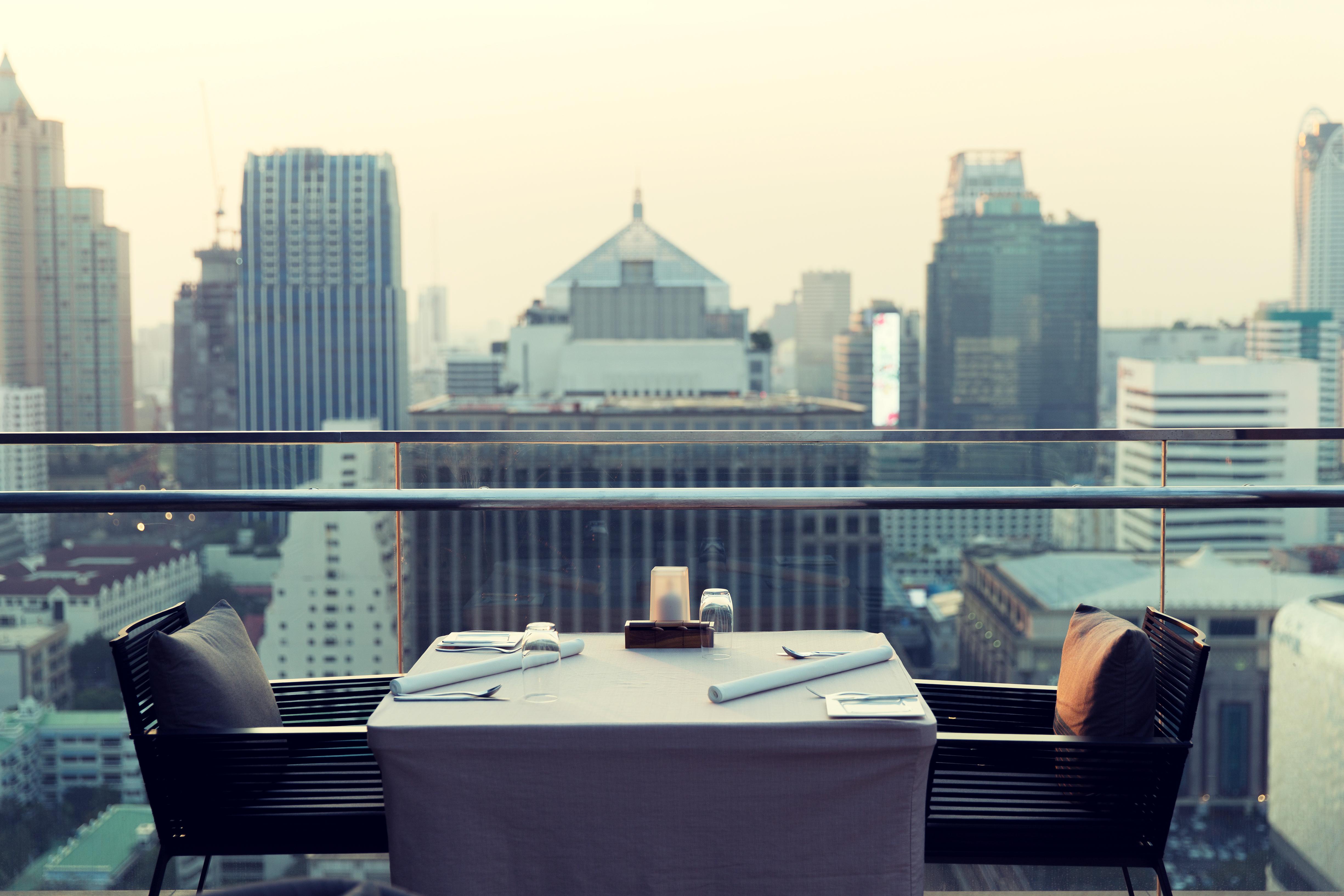 skyline dining